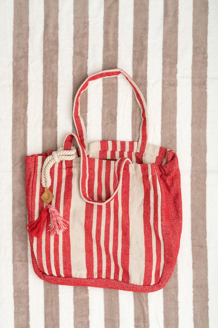 Stripped beach accessories