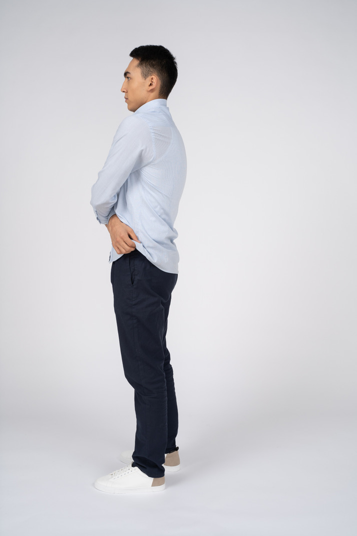 Man in casual clothes standing