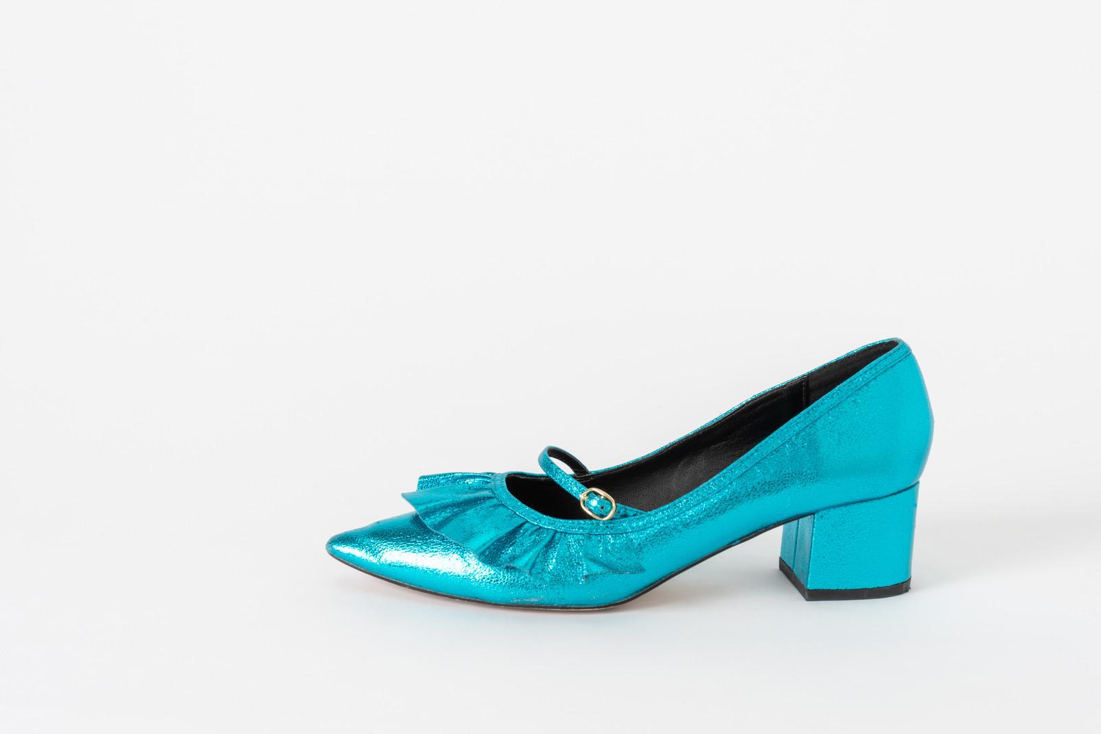 A single blue shoe