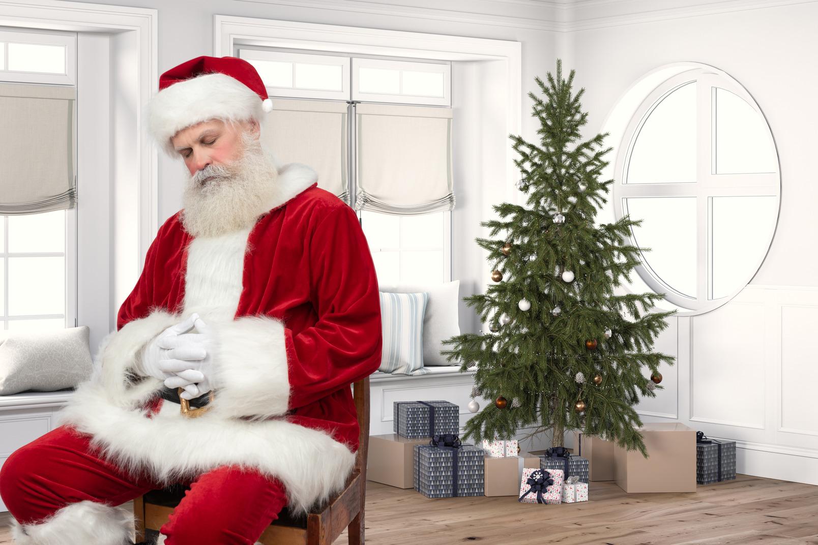 Santa ist zu müde, um geschenke zu liefern