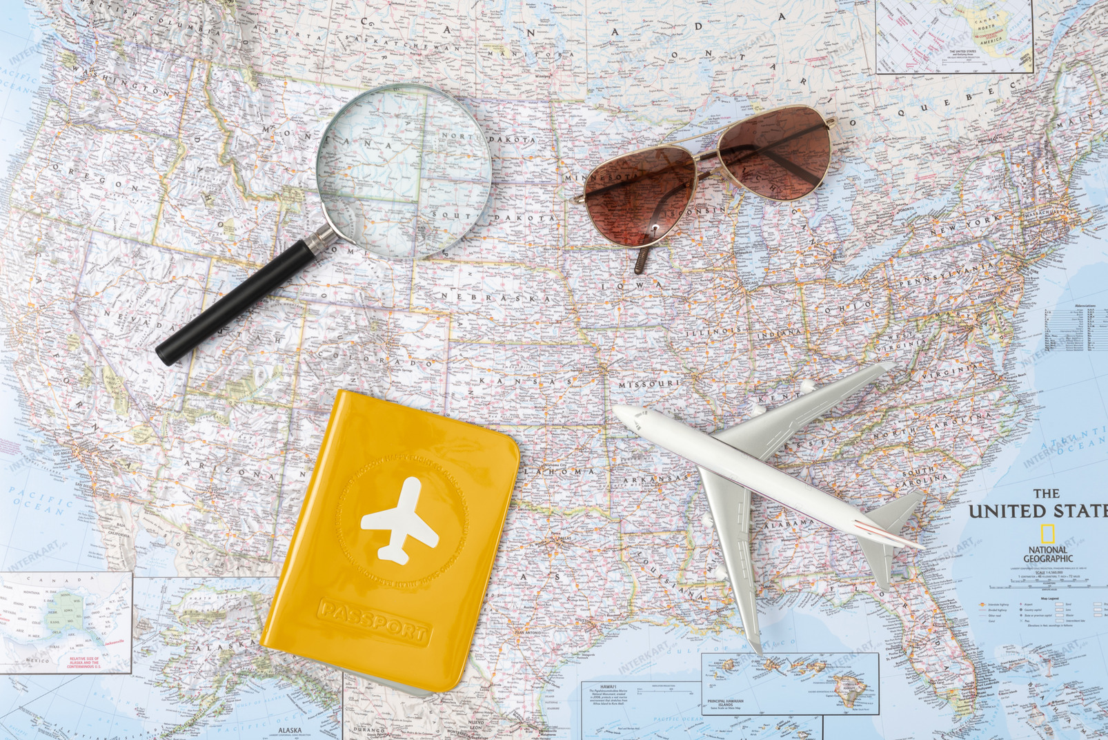 Good thing that i grabbed my shades (and my passport), 'cause right now i'm in a hot state ;) (of america)